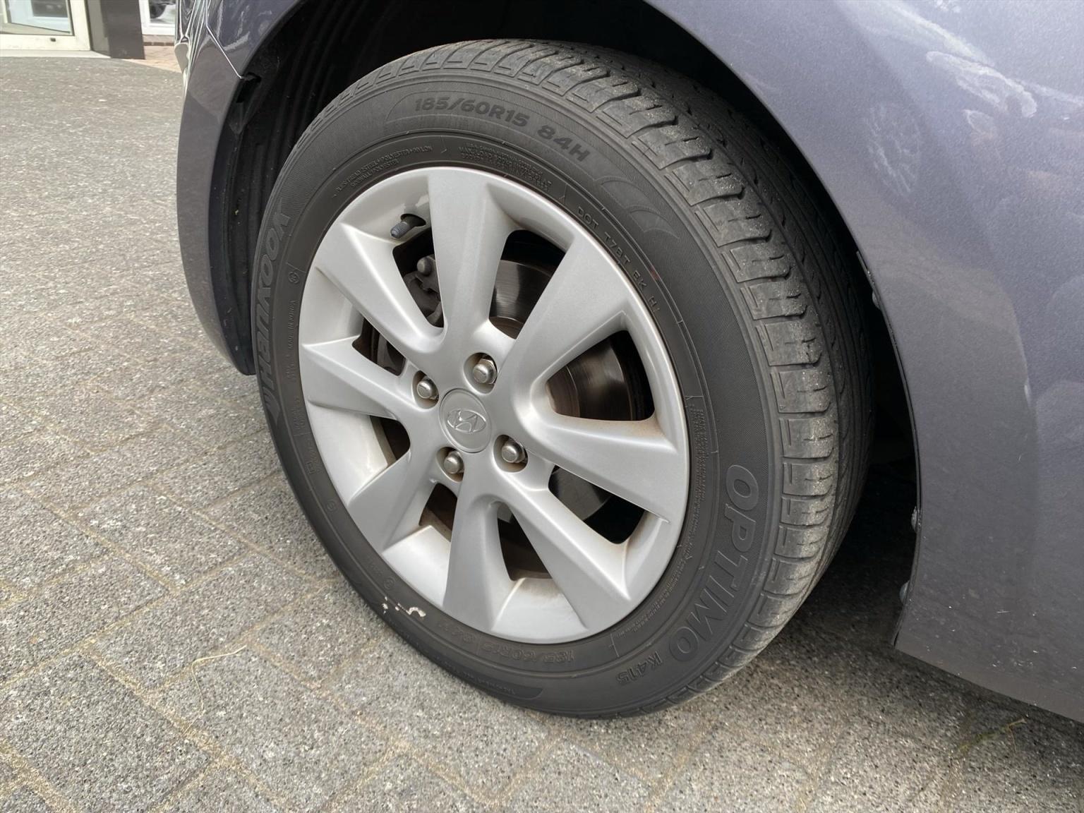 Hyundai-i20-15