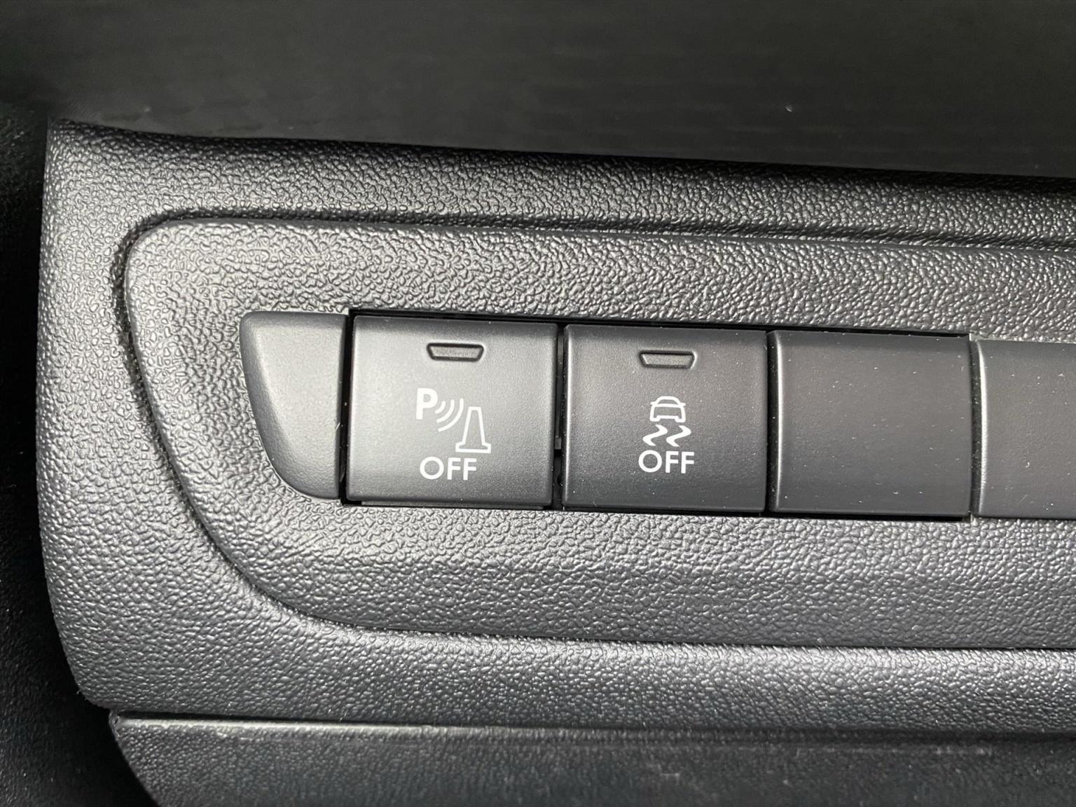 Peugeot-2008-26